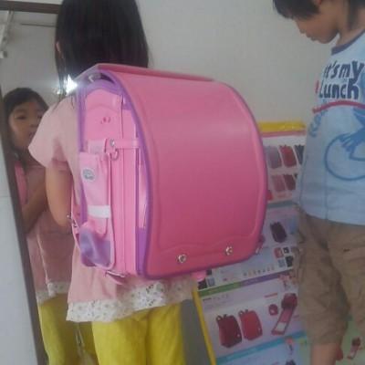 【ラン活】『これ、○○ちゃんのランドセルだから!』でどピンクに決定。