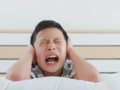 小3長男の家庭内暴力。対応が分からず、疲れてしまいました