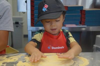 【お仕事体験・ピザ作り】ドミノピザ・キッズアカデミーに挑戦しました!