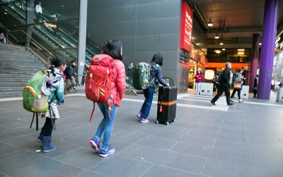 """英語力""""ゼロ""""の小学生三姉妹と母のオーストラリア旅行記パート1"""