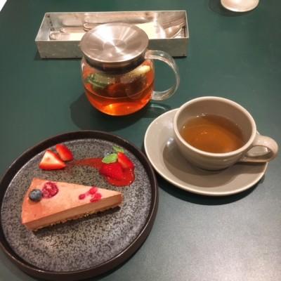 関西メイト初のオフ会は阪神梅田のコスメキッチンアダプテーションで♡