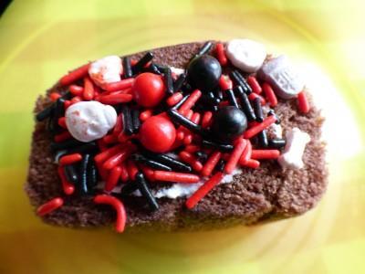 市販のロールケーキでハロウィンケーキ作り♡