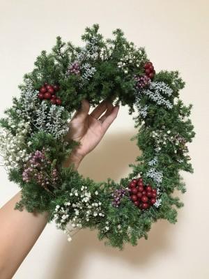 【クリスマス】簡単!フレッシュグリーンを使って手作りリース☆