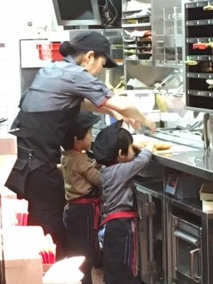 マックアドベンチャー☆3歳から参加可能!マックでお仕事体験♪