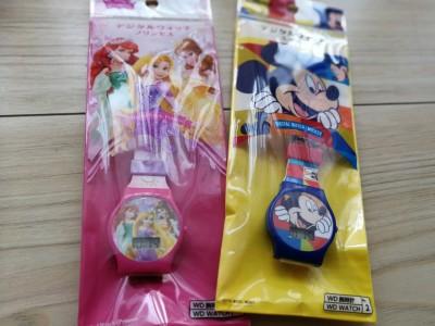 ミッキーにプリンセス☆ダイソーのデジタルウォッチが可愛い!!