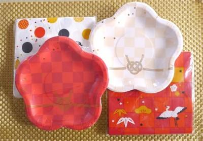 ダイソー:お正月柄ペーパーナプキン&紙皿がかわいい♪