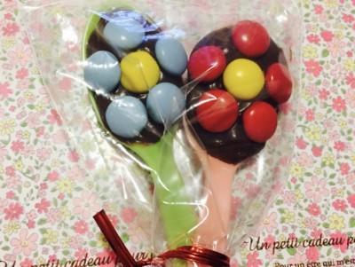 【バレンタインの友チョコに最適!】子どもでも超簡単に作れるチョコの花束