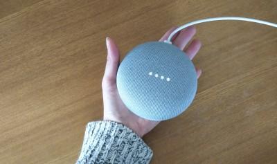 親子で楽しめる!「Google Home Mini」で英語と読み聞かせ