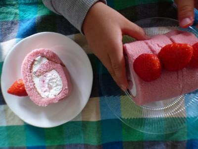 バレンタイン♡市販のロールケーキにちょこっとアレンジ
