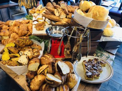 メゾンカイザーのパン食べ放題60分は並んで食べても損はなし!レポ