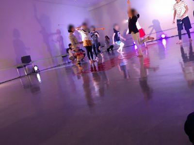 【芸術に触れる】~子どもたちと芸術家の出会う街~ワークショップへ