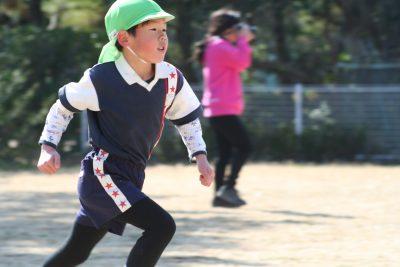 幼稚園でマラソン大会!ビリの子と上位の子の場合。