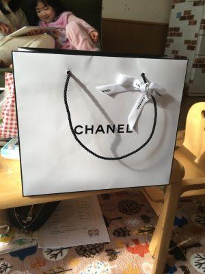 おしゃれでプレゼントや自分へのご褒美にも!手頃なシャネルのコットン