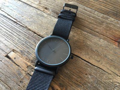 【ダイソー】即買い!マットブラックな腕時計500円がシビれるかっこよさ