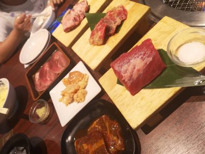 クイズに答えて限定お肉をゲット!!【牛角ビュッフェ】焼肉食べ放題!