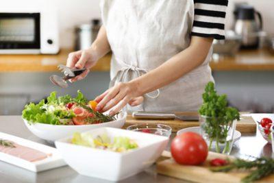 夕飯の献立は当日のひらめき?1週間単位で決める人との違いは