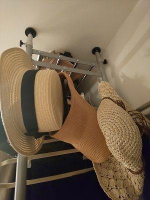 【100均】大きな麦わら帽子の収納方法☆
