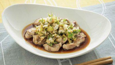 【RIZAP公式レシピ】ニンニク風味が新鮮な「蒸し鶏のさっぱり香味だれ 」