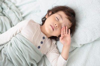 ぐっすり眠れないワケは…子どもの寝室の3つのNGを解消