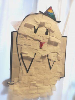家にある○○で「ピニャータ作り」をしてみました!パーティーの様子は?
