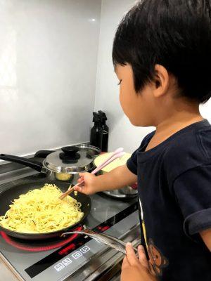 【台風】家から出られないときは子どもとお料理