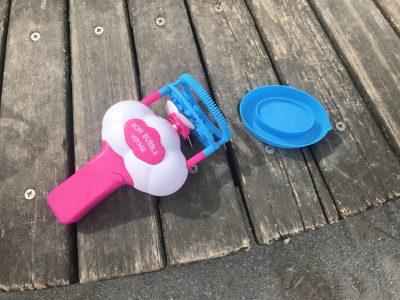 公園の人気者になれちゃう!電動シャボン玉メーカー「バブルインバブル」